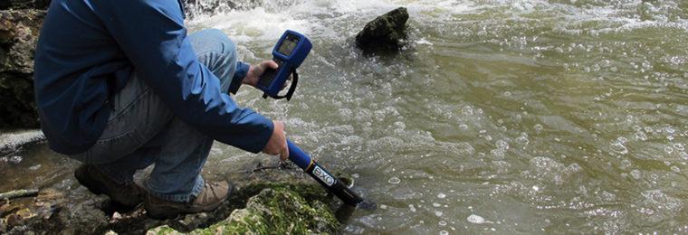 Mesure de la conductivité et de la température de l'eau
